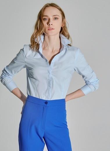 People By Fabrika Kaçık Yaka Basic Gömlek Mavi